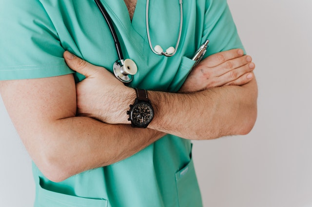 Zalety i wady leczenia prywatnego